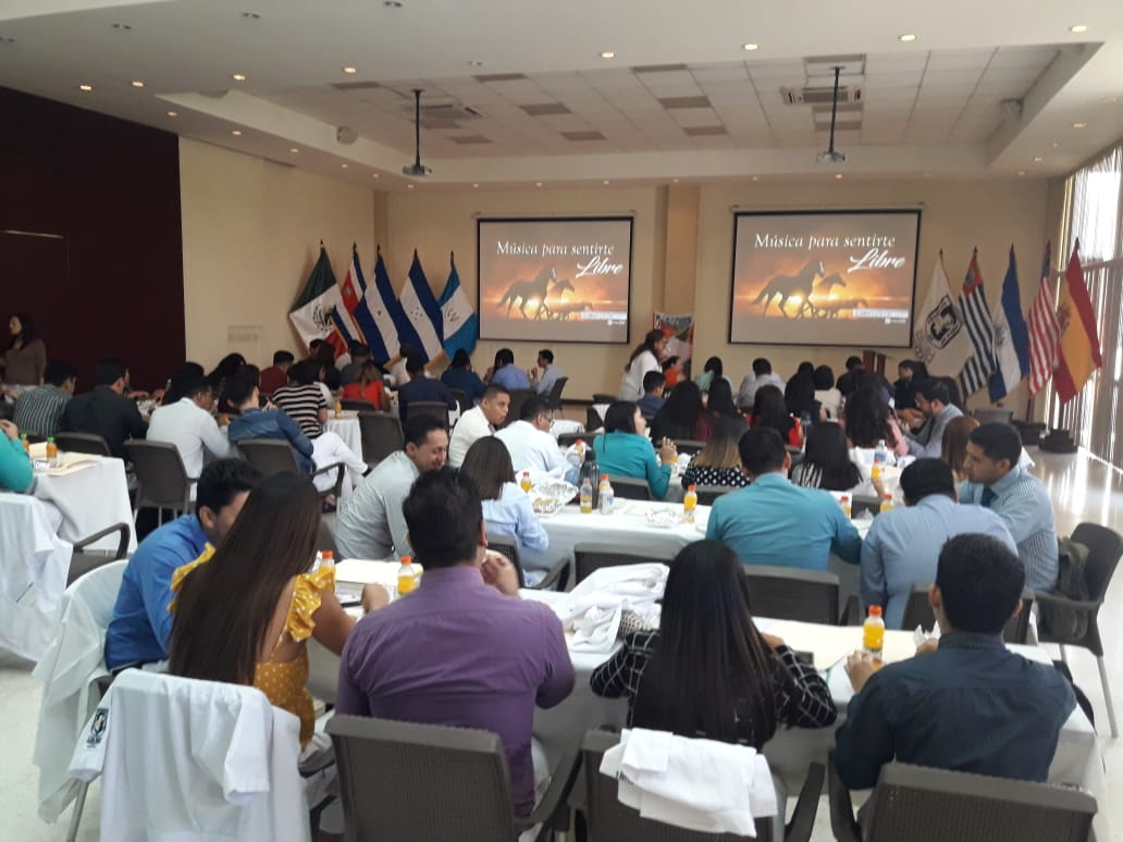 Universidad Autónoma de Santa Ana. Mayo2019