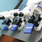 Entrega, instalación y capacitación de Microscopios.